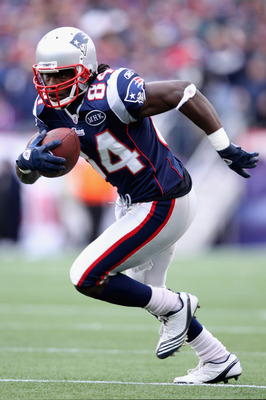 FOXBORO, MA - JANUARY 22:   Deion Branch #84 of the New England Patriots warms up prior to their AFC Championship Game against the Baltimore Ravens at Gillette Stadium on January 22, 2012 in Foxboro, Massachusetts.  (Photo by Elsa/Getty Images)
