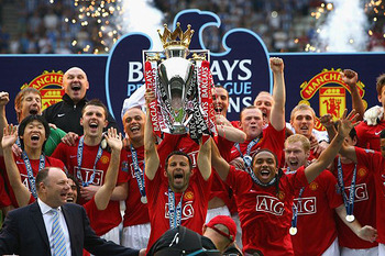 Manchester-united-premier-league-winner-2010-2011_display_image