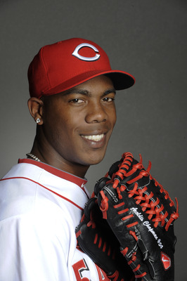 Aroldis Chapman flashes a rare smile.