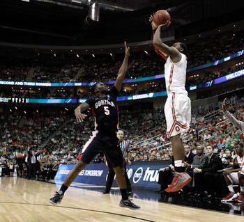PITTSBURGH, PA - MARCH 17:  Deshaun Thomas #1 of the Ohio State Buckeyes attempts a shot in the second half against Gary Bell, Jr. #5 of the Gonzaga Bulldogs during the third round of the 2012 NCAA Men's Basketball Tournament at Consol Energy Center on Ma
