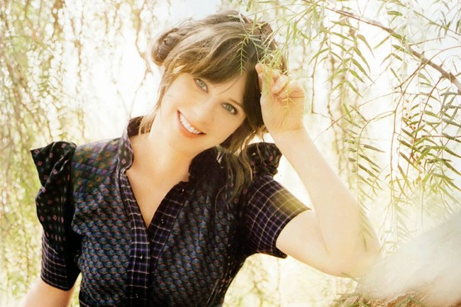 23zooeydeschanel-fanpop_crop_650
