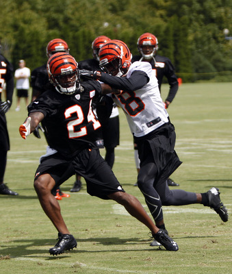 CB Adam Jones (24)
