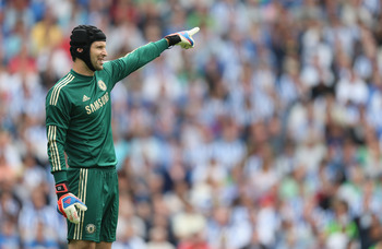 BRIGHTON, ENGLAND - AUGUST 04:  Petr Cech of Chelsea in action during the pre season friendly match between Brighton & Hove Albion and Chelsea at the Amex Stadium on August 4, 2012 in Brighton, England.  (Photo by Mark Thompson/Getty Images)
