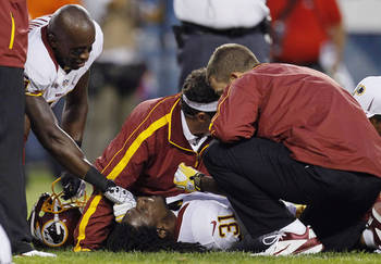 Brandon Meriweather's knee strain looked more serious than it was. (AP)