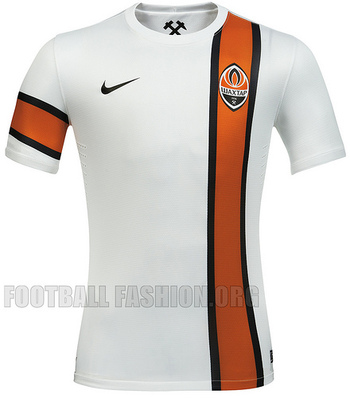 http://footballfashion.org/