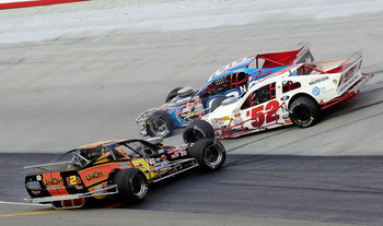 Modified race shows top groove in turns