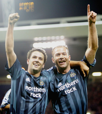 Owen (l) and Shearer