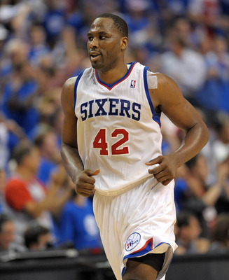 Elton Brand helps Donnie Nelson keep the Mavericks in contention.