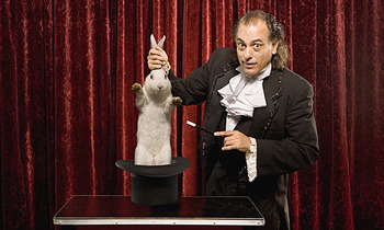 Magician-pulling-a-rabbit_display_image