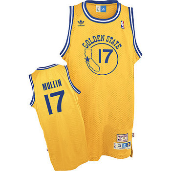 "The Dubs changed from ""The City"" jerseys to these in 1971."