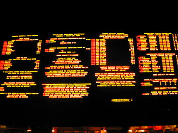 Caesars_sports_book_display_image