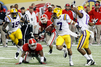 Tyrann Mathieu returns a punt for a touchdown in SEC Championship Game