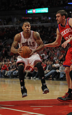 Derrick Rose has maintained his relationship with Calipari since entering the NBA