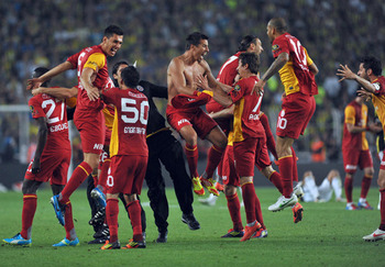 Turkish-champions-galatasaray-3_display_image