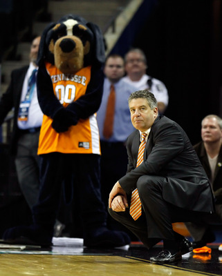 Twenty-plus years ago, Bruce Pearl was turning other coaches into the NCAA.
