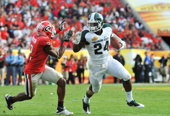 Le'Veon Bell rushed for 948 yards last year and should be the workhorse for the Spartans' running game this year.