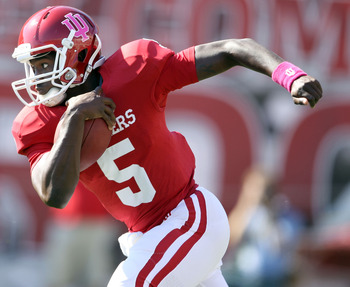 Tre Roberson will lead the Indiana Hoosiers' offense this season, but will they be able to win a conference game?