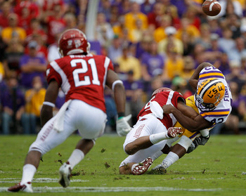 LB Alonzo Highsmith and the Hogs defense penchant for forcing turnovers could help them upset powers LSU and Alabama in the SEC West.