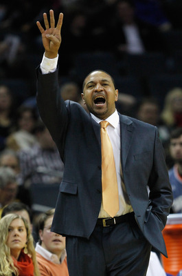 Mark Jackson seems to have maintained a good standing in the Bay Area in spite of a rough first season.