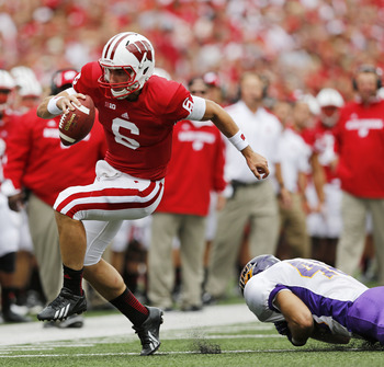 Maryland transfer quarterback Danny O'Brien became the second straight transfer quarterback to start for the Badgers.