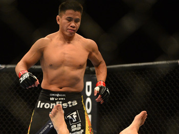 Cung Le, at 40 years old, still has some downright scary striking.