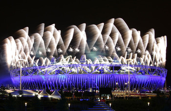 Fireworks-explode-over-the-olympic-stadium-during-the-opening-ceremony-of-the-london-2012-olympic-games-july-27-2012_display_image