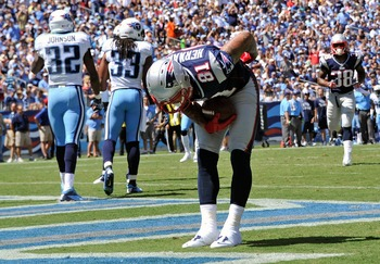 Aaron Hernandez scored the first touchdown of the season for the Patriots.
