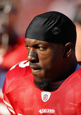 Patrick Willis leads the 49ers' defense.