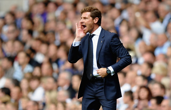 LONDON, ENGLAND - AUGUST 25:  Andre Villas-Boas, manager of Tottenham Hotspur gives instructions during the Barclays Premier League match between Tottenham Hotspur and West Bromwich Albion at White Hart Lane on August 25, 2012 in London, England.  (Photo 