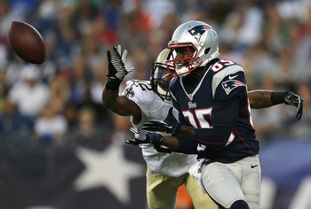 Brandon Lloyd adds yet another weapon to Tom Brady's arsenal.