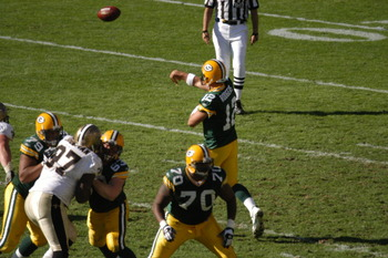 Packersvssaints10-9-05107_original_display_image