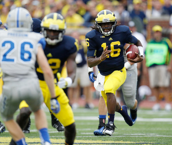 Denard Robinson can't do all the work.