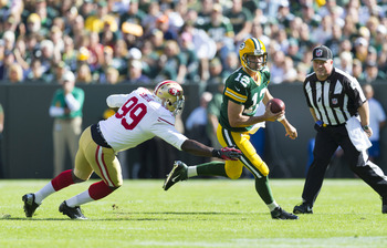 Aldon Smith chases down Aaron Rodgers