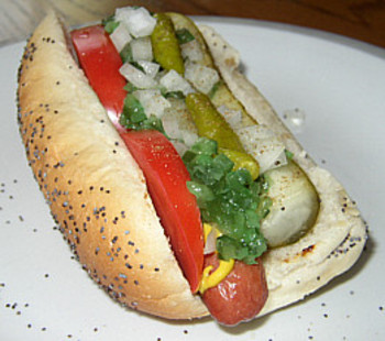 photo courtesy of hotdogchicagostyle.com