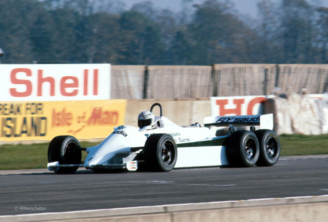 Alanjones_williamscosworth_fw07d_doningtonpark1982_crop_650x440