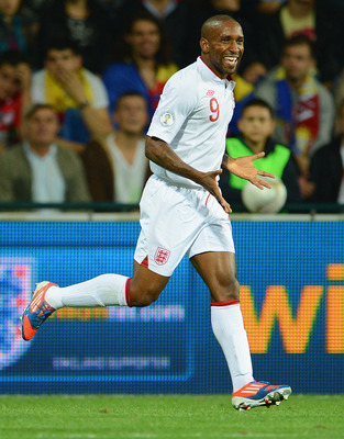 A seasoned veteran, Defoe could be a fitting replacement for RVP.