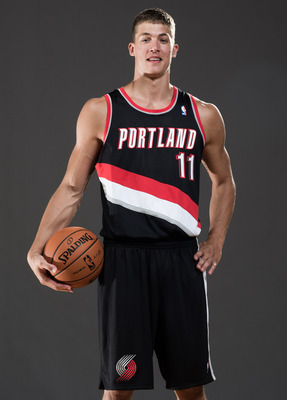 Meyers Leonard can jump out of the building.