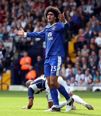 WEST BROMWICH, ENGLAND - SEPTEMBER 01:  Marouane Fellaini of Evertonduring the Barclays Premier League match between West Bromwich Albion and Everton at The Hawthorns on September 1, 2012 in West Bromwich, England.  (Photo by Ross Kinnaird/Getty Images)