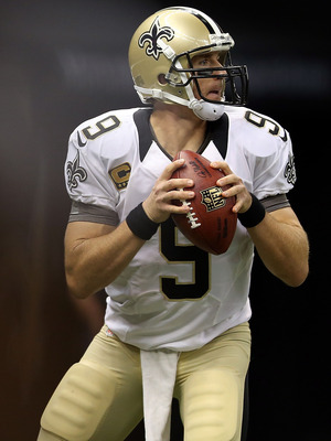 NEW ORLEANS, LA - SEPTEMBER 09:  Drew Brees #9 of the New Orleans Saints at Mercedes-Benz Superdome on September 9, 2012 in New Orleans, Louisiana.  (Photo by Ronald Martinez/Getty Images)