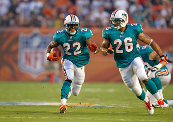 Reggie Bush and the Dolphins are a smart bet in Week 2.
