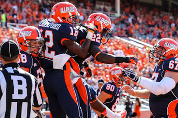 Illinois offense celebrates after a touchdown against Charleston Southern. (Via Dan Kopp of SportsPageMagazine.com)