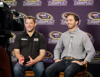 Tony Stewart (left) and Jimmie Johnson both want another Cup title.