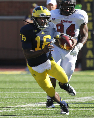 Denard Robinson headlines a potentially-potent Michigan offense