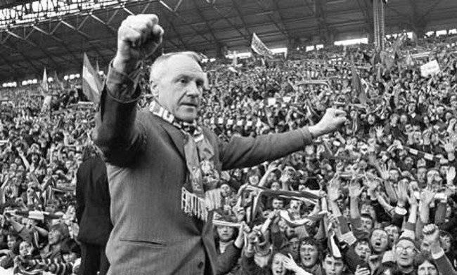 Bill-shankly-salutes-the--001_original_crop_650