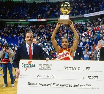 Spud_with_slam_dunk_trophy_display_image
