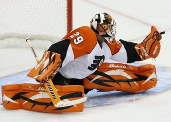 Ray-emery-flyers-glove-save1_display_image