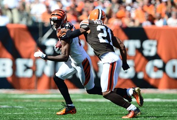 Dimitri Patterson trying to keep up with his man in Sunday's loss to the Bengals