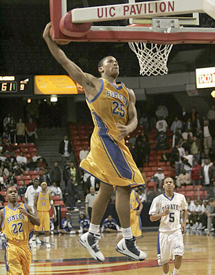 Derrick-rose-dunks-high-school-simeon_display_image
