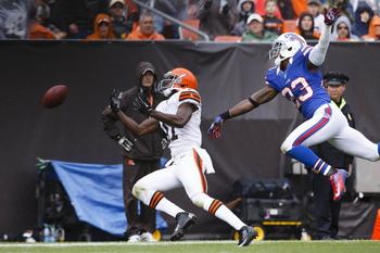Aaron Williams bats away a would-be big-play reception.