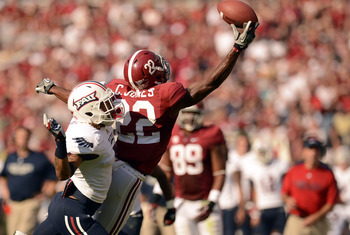 Jones' first quarter fumble on a punt return put Alabama's defense in a bad spot early against FAU.